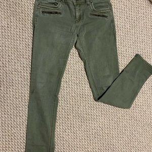 Grace in LA skinny jeans